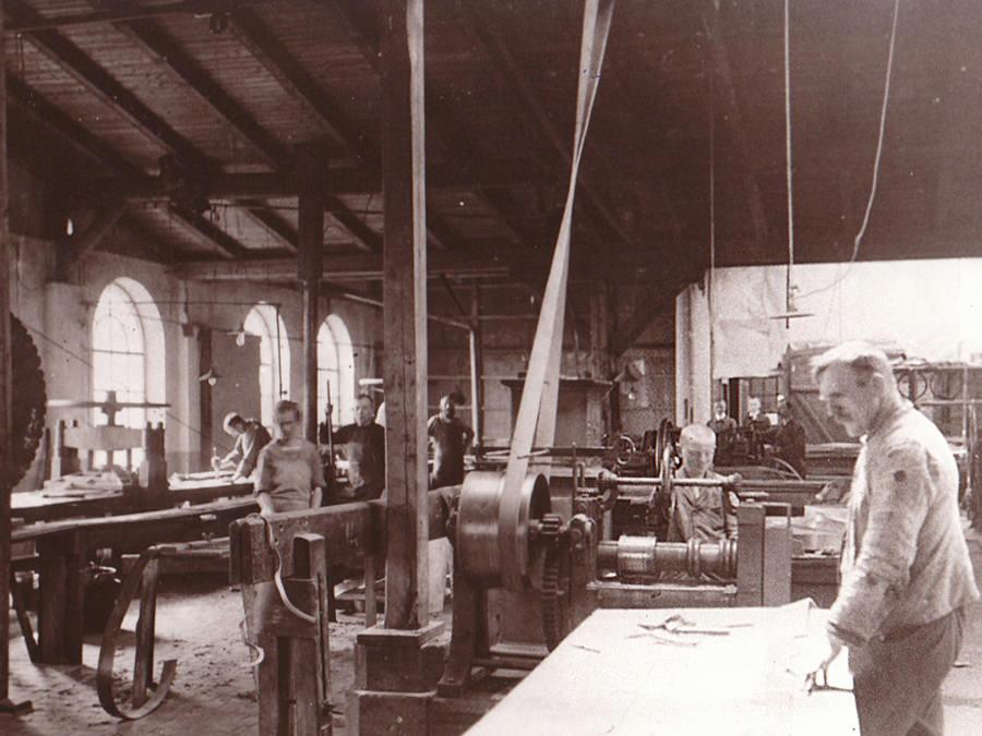 Lederindustrie Treibriemen Lederfabrik Bergenthal um 1920