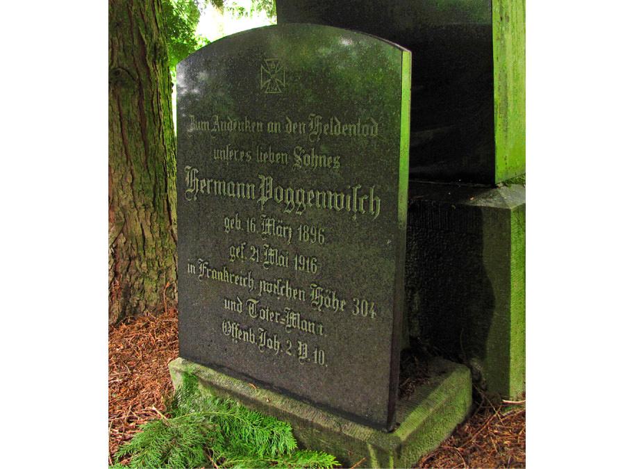 Gedenkstein für Hermann Poggenwisch gefallen am 21. Mai 1916 zwischen Höhe 304 und Toter Mann. Aufgestellt in Halle Westfalen.