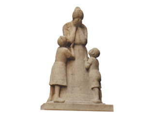 """""""Weinende Mutter"""" – Kriegerdenkmal"""