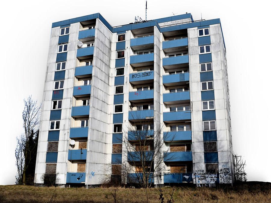 Das Haus Sandkamp 25 - einst Vorzeigeobjekt für modernes Wohnen - als Ruine im Jahr 2017.