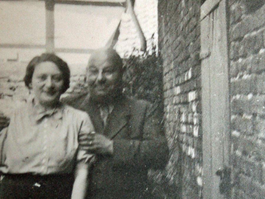 Kontoristin Klara Isenber und ihr Vater Schlachter Moritz Isenberg um 1932 jüdische Familie Halle Westfalen