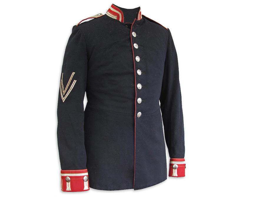 Preußische Uniformjacke von 1903. Leihgabe von Familie Ellerbrake.