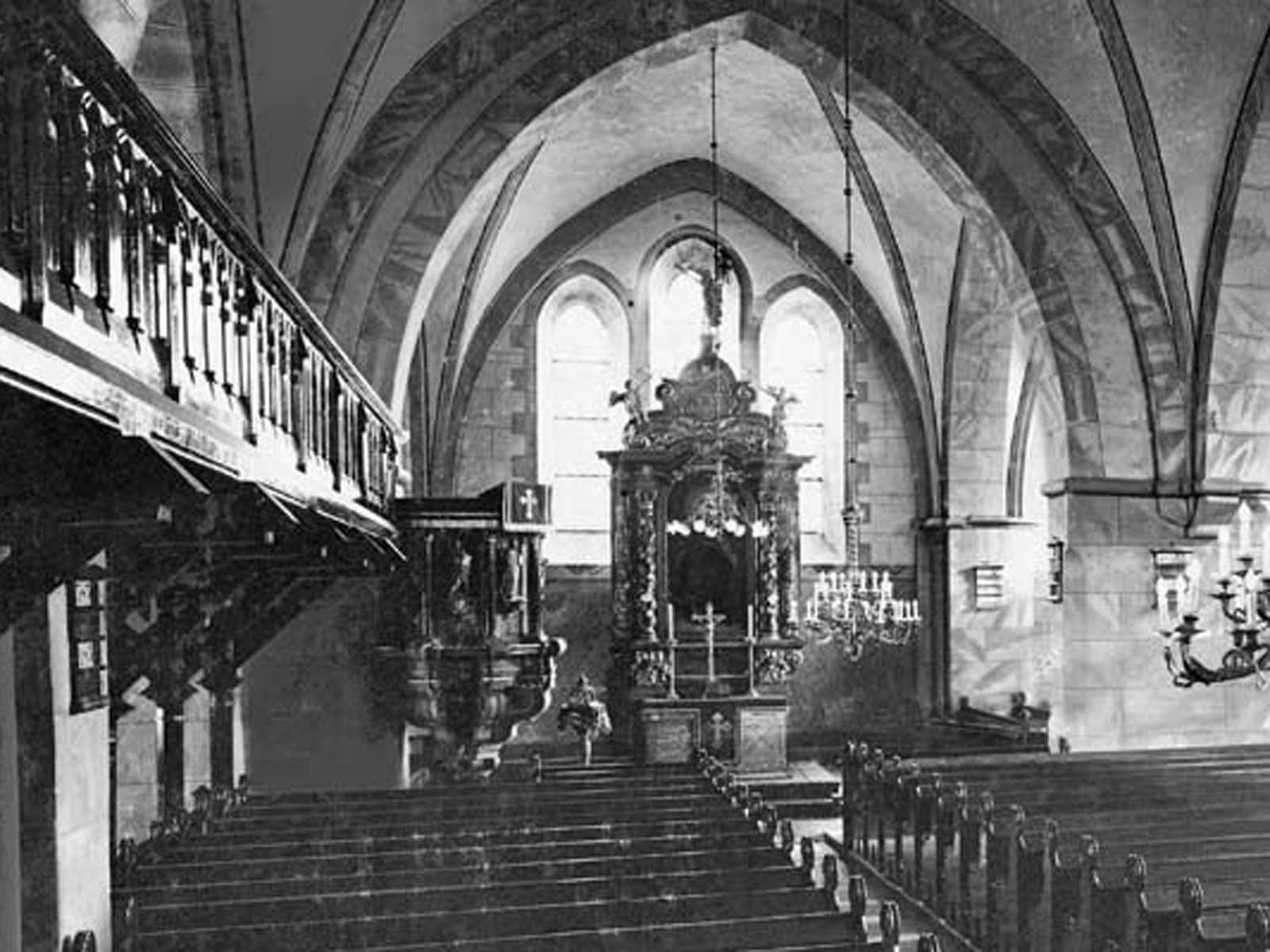 St. Johanniskirche in Halle Westfalen innen um 1909