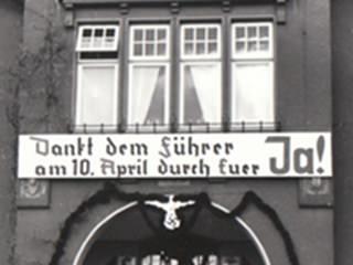 Banner Dankt dem Führer am 10. April durch Euer Ja!