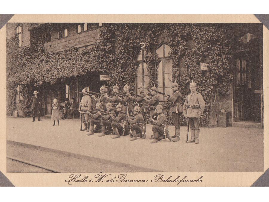 Garnison Halle Westfalen im Ersten Weltkrieg, Bahnhofswache. Leihgabe von Familie Reich.