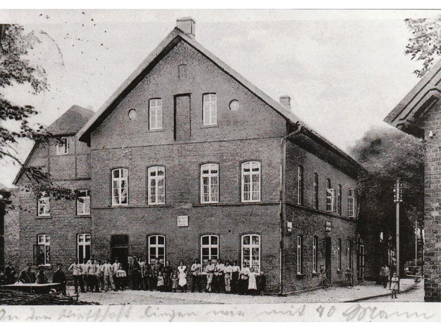 Gaststätte Schmedtmann in Halle Westfalen als Garnisonsquartier 1915. Stadtarchiv Halle (Westf.).